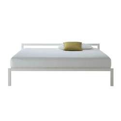 mdf italia letto matrimoniale aluminium bed bianco. Black Bedroom Furniture Sets. Home Design Ideas