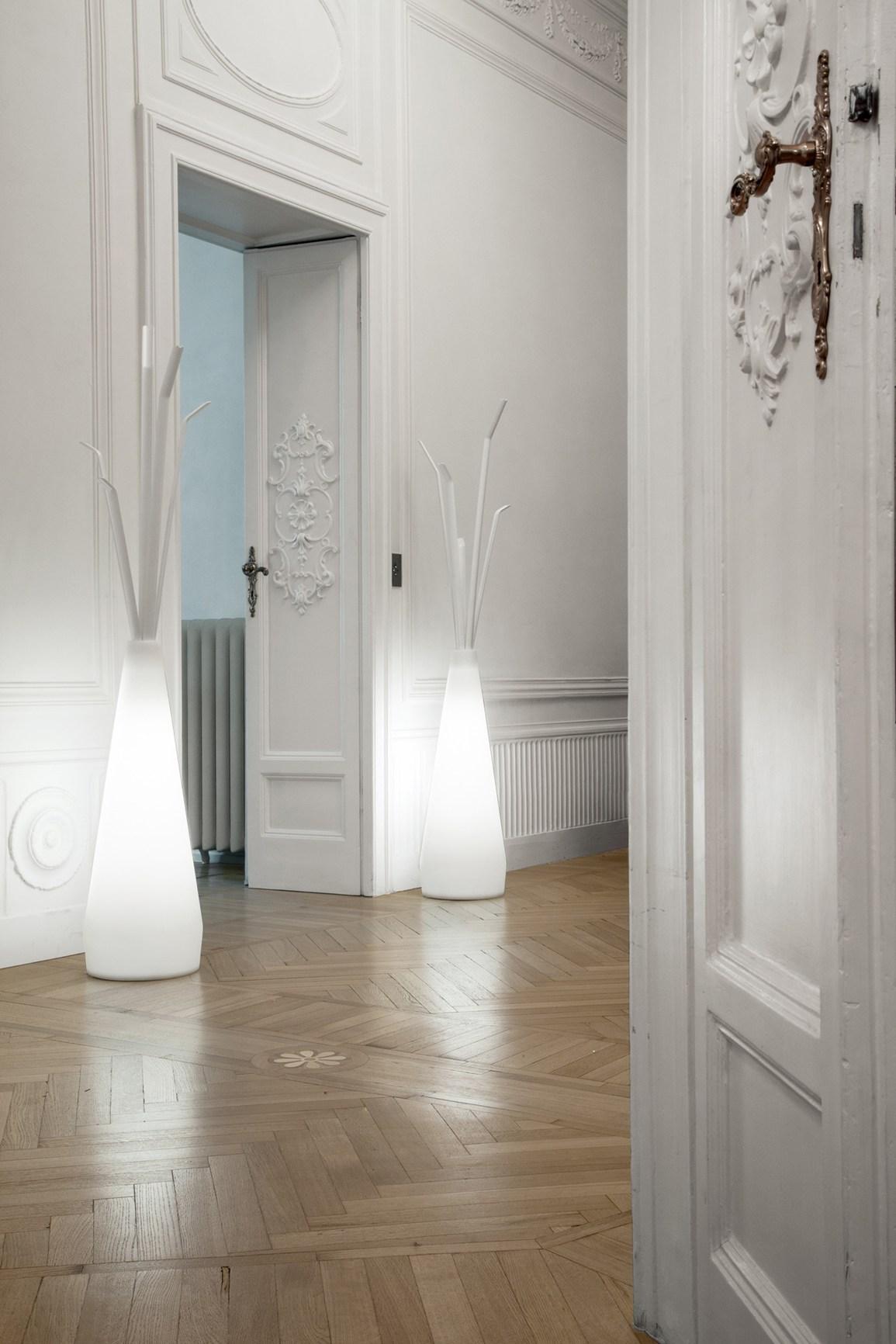 bonaldo appendiabiti luminoso kadou light. Black Bedroom Furniture Sets. Home Design Ideas