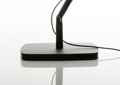 Luceplan Base Per Lampada Da Tavolo A Led Otto Watt D72 1 Nero Soft Touch Alluminio Myareadesign It
