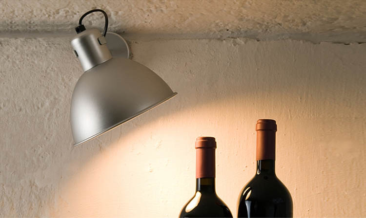 Kriptonite lampada da parete applique myareadesign