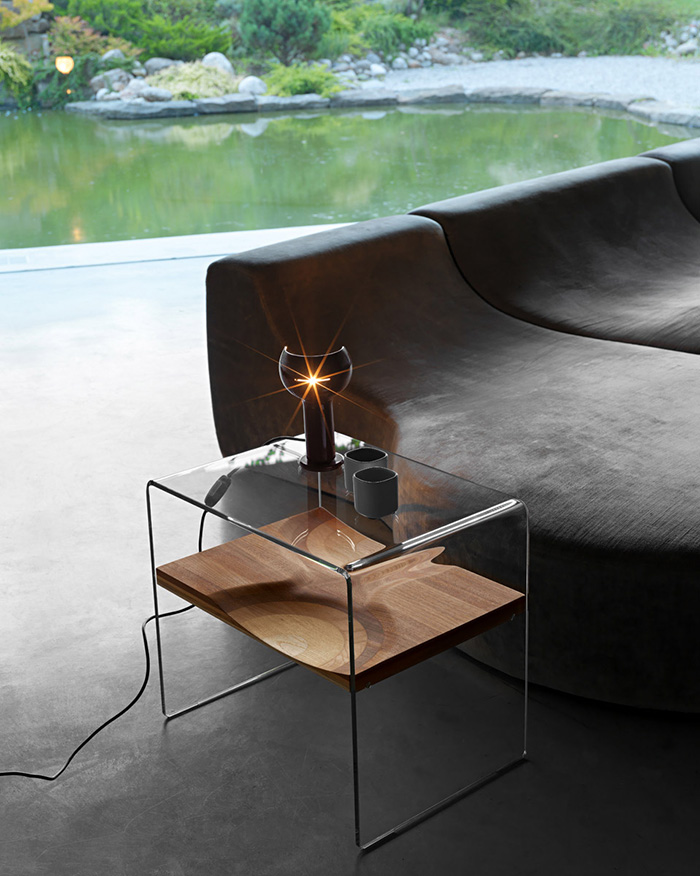 horm comodino bifronte. Black Bedroom Furniture Sets. Home Design Ideas