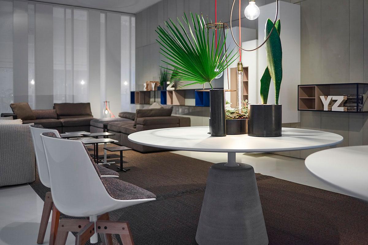 mdf italia tavolo rock table 120 cm piano in cemento bianco base in cemento naturale. Black Bedroom Furniture Sets. Home Design Ideas