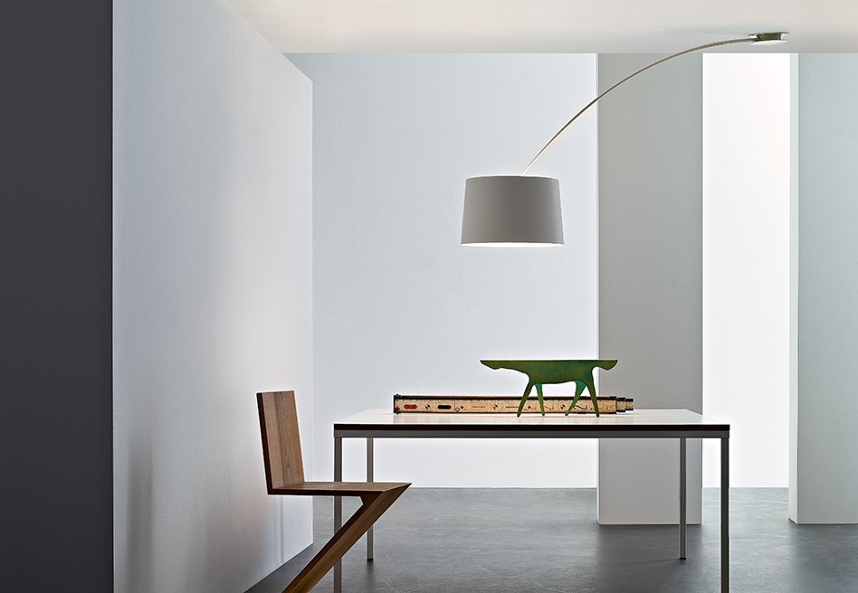 Oltre Il Soffitto Di Vetro : Mentos magneto lampada da soffitto by ailati lights design