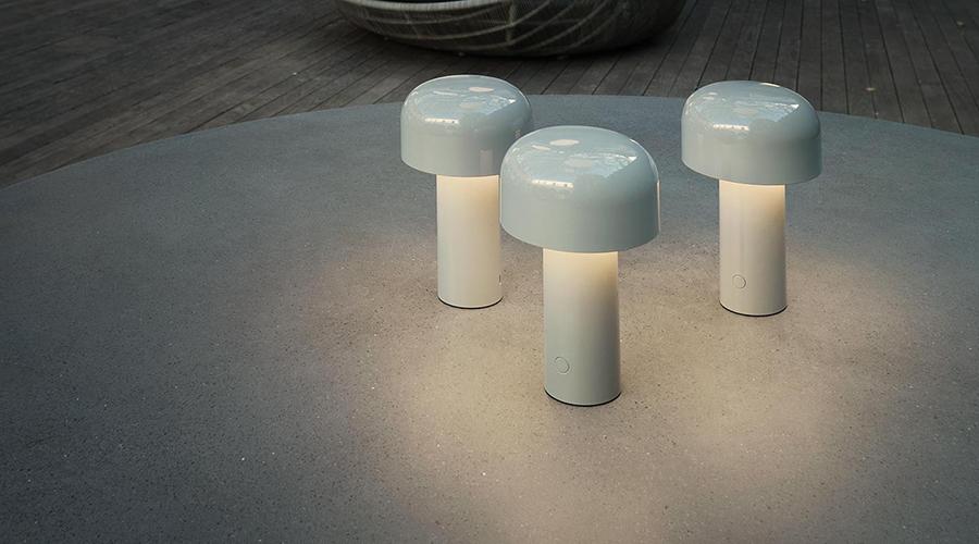Lampade Da Tavolo Flos : Flos lampada da tavolo senza fili ricaricabile bellhop myareadesign.it