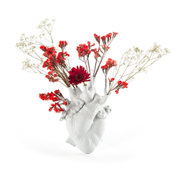 SELETTI heart shaped vase LOVE IN BLOOM