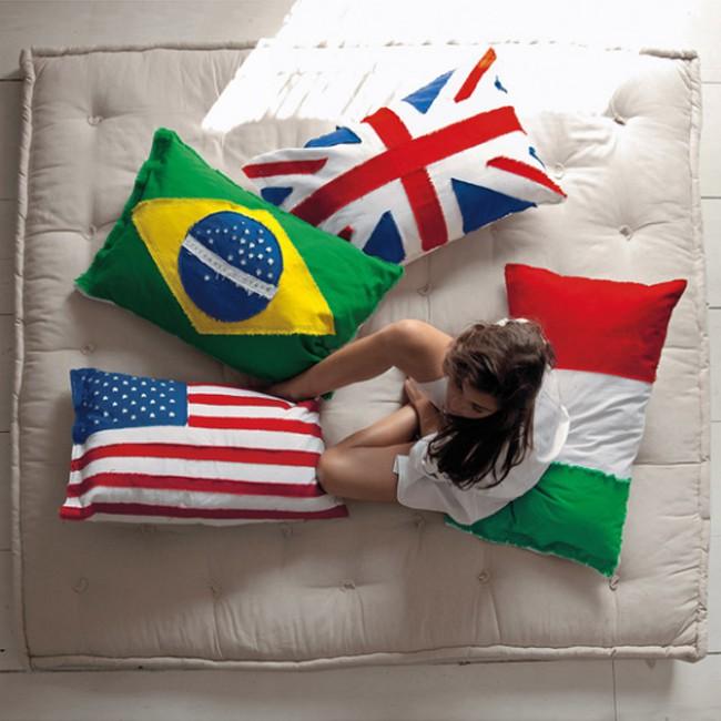 "Federa cuscino BRAZIL /""Flags Cushions/"" SELETTI"